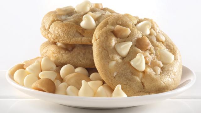 White Chocolate Macadama Nut Cookie Dough 2.5lb
