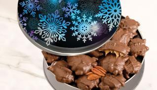 Snowflake Tin W/pecan Caramel Clusters