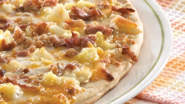 Bacon N Egg Breakfast Pizza